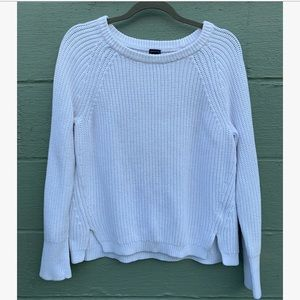 White ❄️ Comfy Sweater